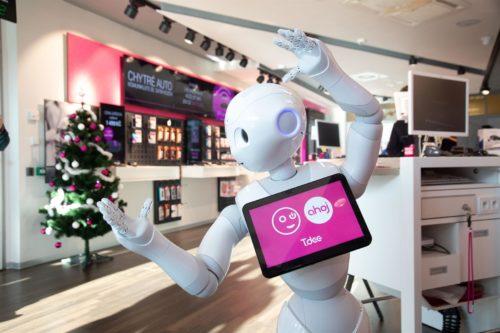 T-Mobile představil robota, který se zákazníky hovoří česky