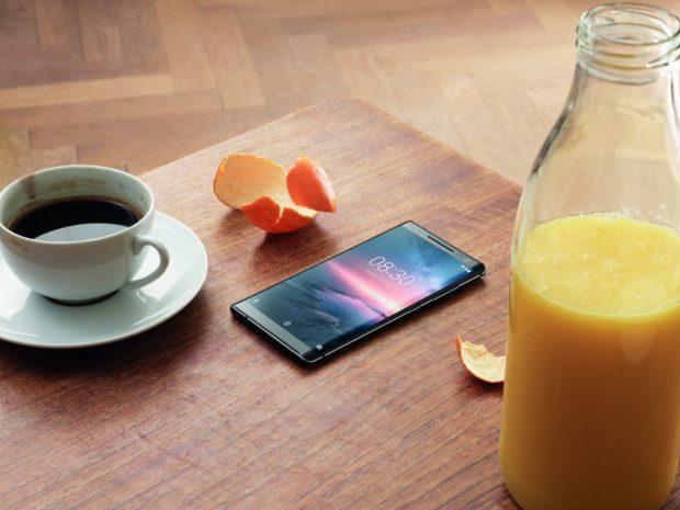 Nokia 8 Sirocco získává update na Android 9 Pie