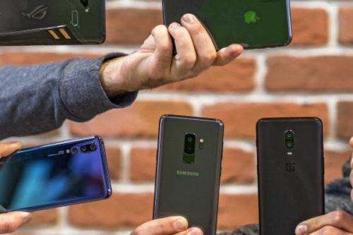 V Česku nejvíce mobilů prodávají firmy Samsung a Huawei