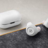 Bang & Olufsen představuje sluchátka Beoplay E6 Motion a E8 Motion