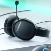 Do prodeje vstoupil cenově dostupný headset SteelSeries Arctis