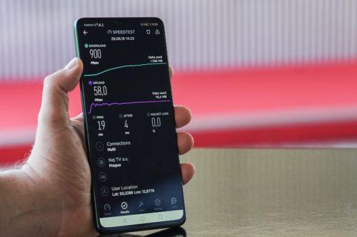 Vodafone předvedl v Karlových Varech první 5G holografický hovor v Česku