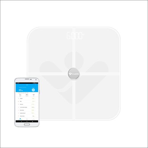 Chytrá váha TrueLife FitScale W5 BT si rozumí s Androidem a iOS
