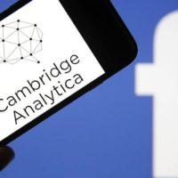 Facebook dostal v USA rekordní pokutu pět miliard dolarů