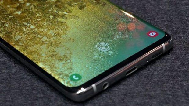 Samsung opravuje čtečku otisků u Galaxy S10 a Note 10