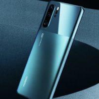 Huawei P30 Pro v pěkné variantě Mystic Blue zamířil na český trh