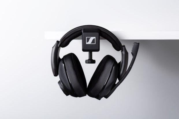 Začal se prodávat špičkový herní headset Sennheiser GSP 670