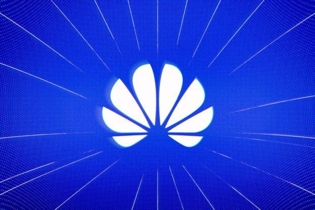 Globální prodej telefonů klesl. Trhu kraluje Samsung, dvojkou je Huawei