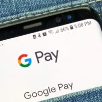 UniCredit Bank zavedl službu Google Pay na kartách Visa