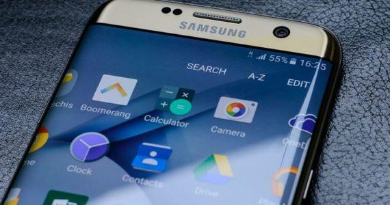 Samsung ohlásil meziroční propad zisku o 38 procent