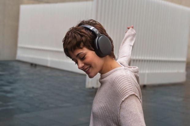 Sennheiser posílá do prodeje bezdrátová sluchátka HD 450BT a HD 350BT