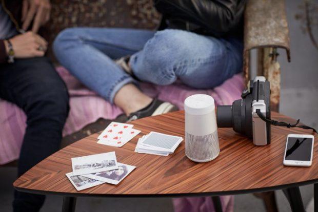 Bose umožňuje nově zapojit do rozvodu hudby vbytě i bezdrátové reproduktory SoundLink