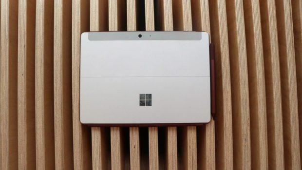 Šeptanda: Microsoft na jaře představí nová zařízení série Surface