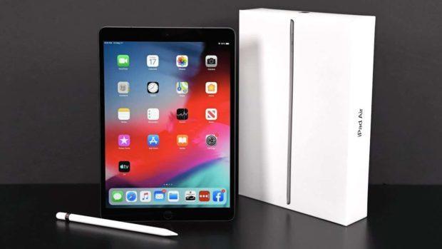 iPad Air má problémy s displejem. Apple ho zdarma vymění