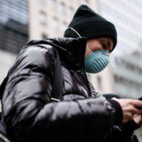 Nedejte koronaviru šanci: Jak dezinfikovat mobilní telefon?