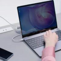 V Česku se začne prodávat MateBook 13, povedený notebook s hodinkami zdarma